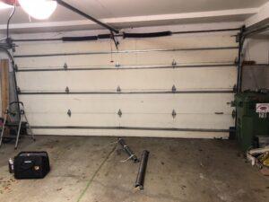 GARAGE DOOR REPAIR BEAVERTON