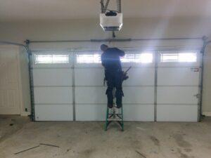 GARAGE DOOR OPENER MILWAUKIE
